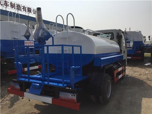 凯马2.2吨蓝牌洒水车