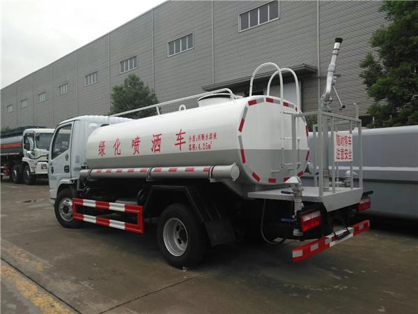 东风国六洒水车