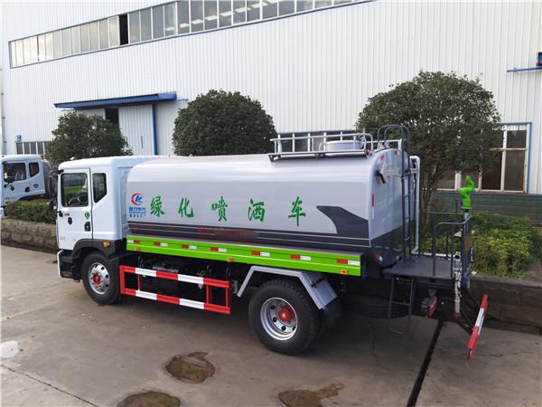 东风多利卡15吨洒水车