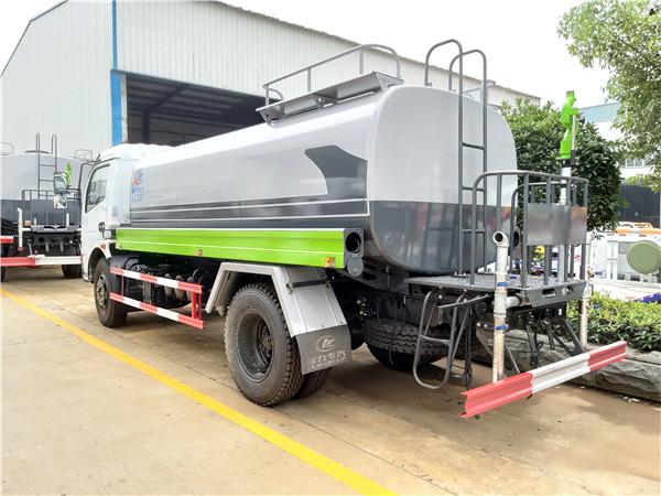 程力新标准化洒水车