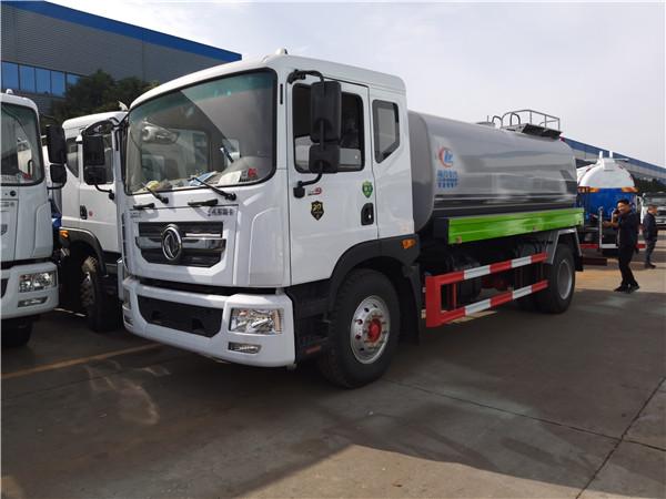 东风国六多利卡绿化喷洒车